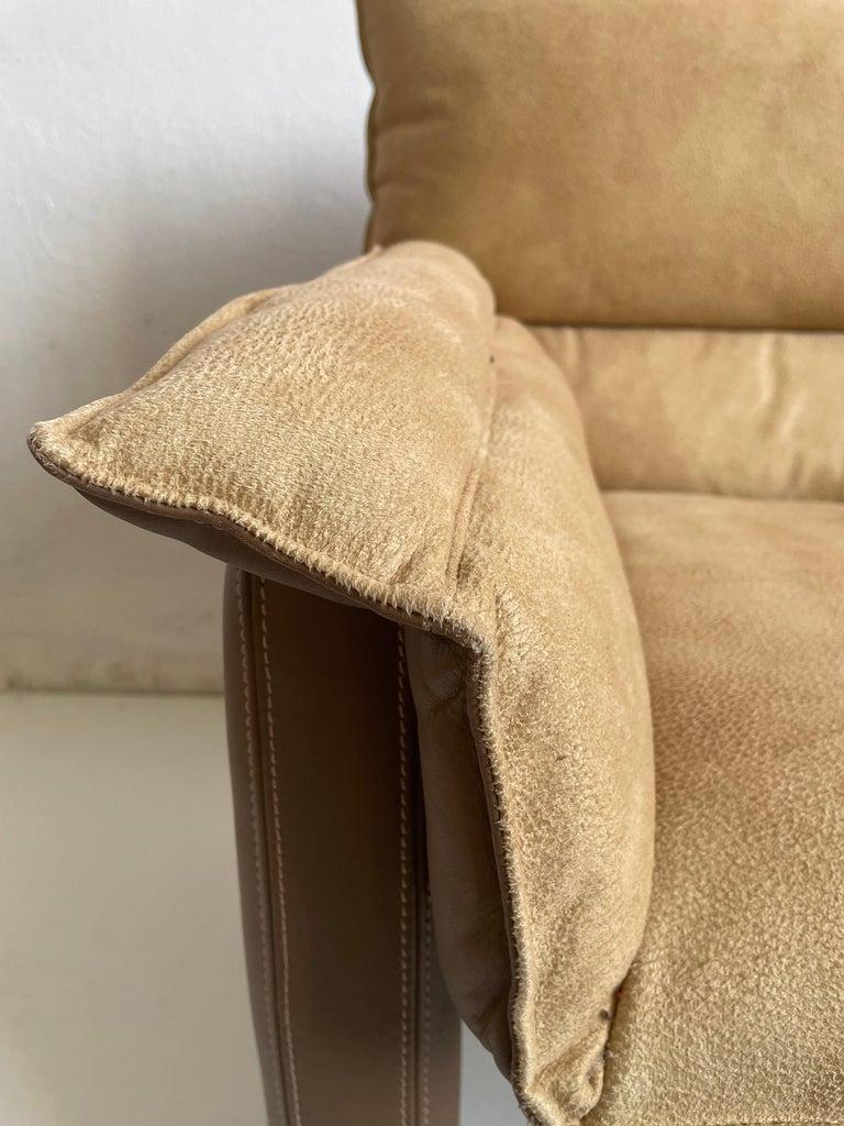 Italian Safari Suede and Leather Dinner Chair, Carlo Bartoli for Rossi di Albizzate, 80s For Sale