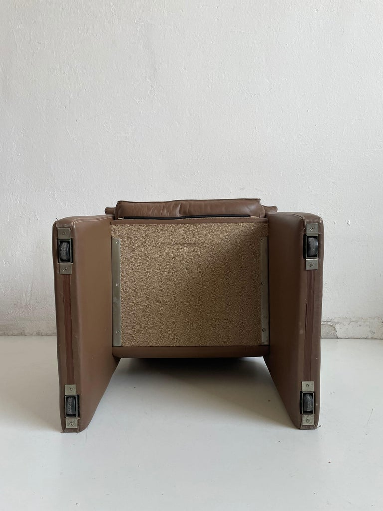 Safari Suede and Leather Dinner Chair, Carlo Bartoli for Rossi di Albizzate For Sale 8
