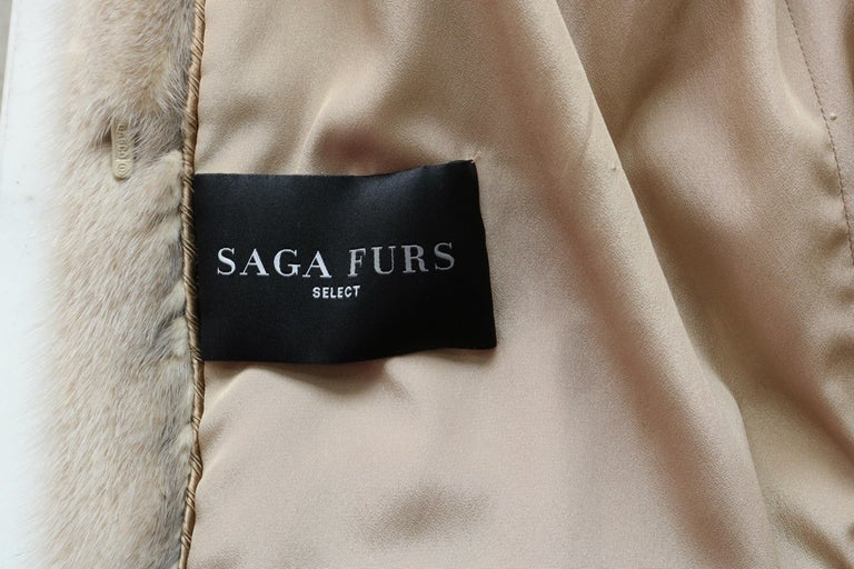Saga Furs  In Good Condition For Sale In Los Angeles, CA