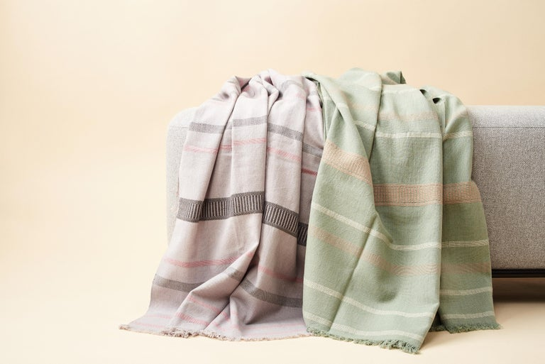 Sage Handloom Throw / Blanket In Organic Cotton In Soft Neutral Pastel Shades For Sale 8
