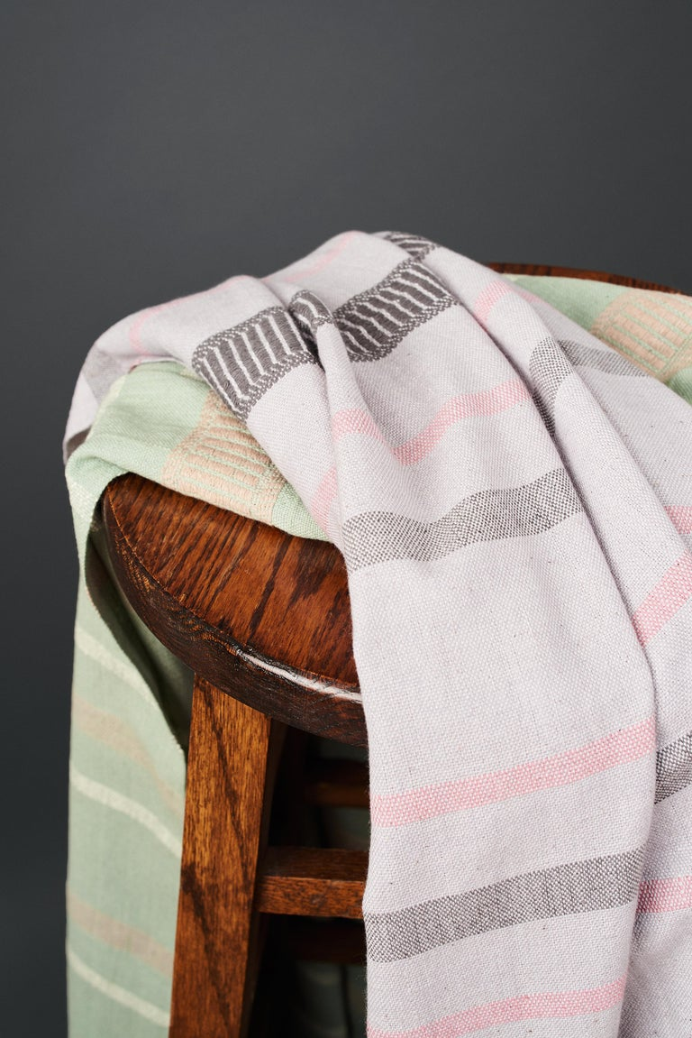 Sage Handloom Throw / Blanket In Organic Cotton In Soft Neutral Pastel Shades For Sale 9