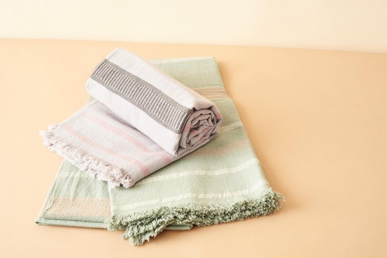 Sage Handloom Throw / Blanket In Organic Cotton In Soft Neutral Pastel Shades For Sale 4