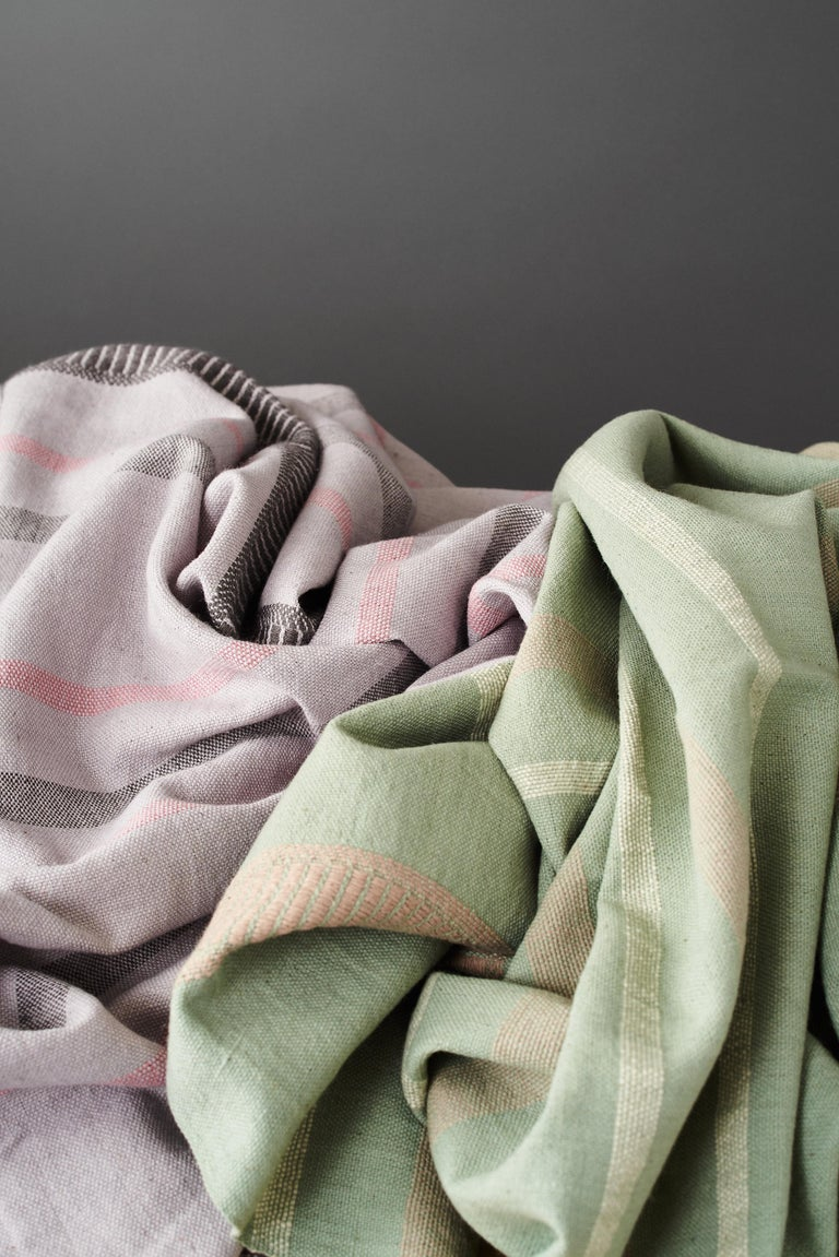 Sage Handloom Throw / Blanket In Organic Cotton In Soft Neutral Pastel Shades For Sale 10