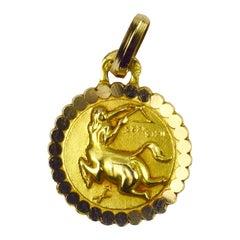 Sagittarius Zodiac 18K Yellow Gold Charm Pendant