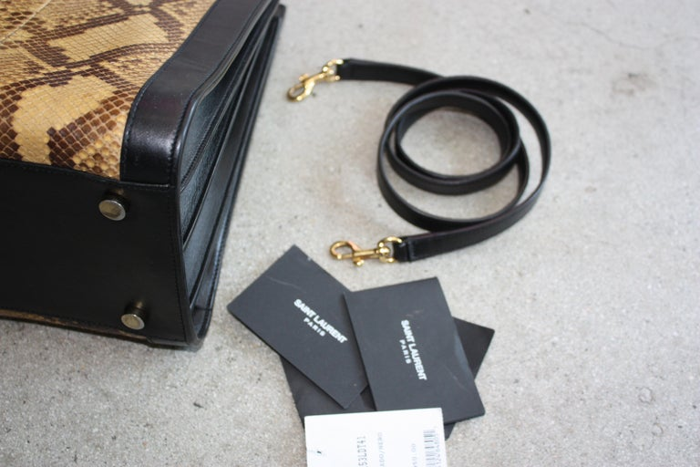 Saint Laurent Black and Python Bag  For Sale 3