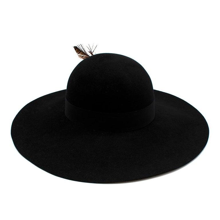 Women's or Men's Saint Laurent Black Feather and Grosgrain-trimmed Hat 58 For Sale