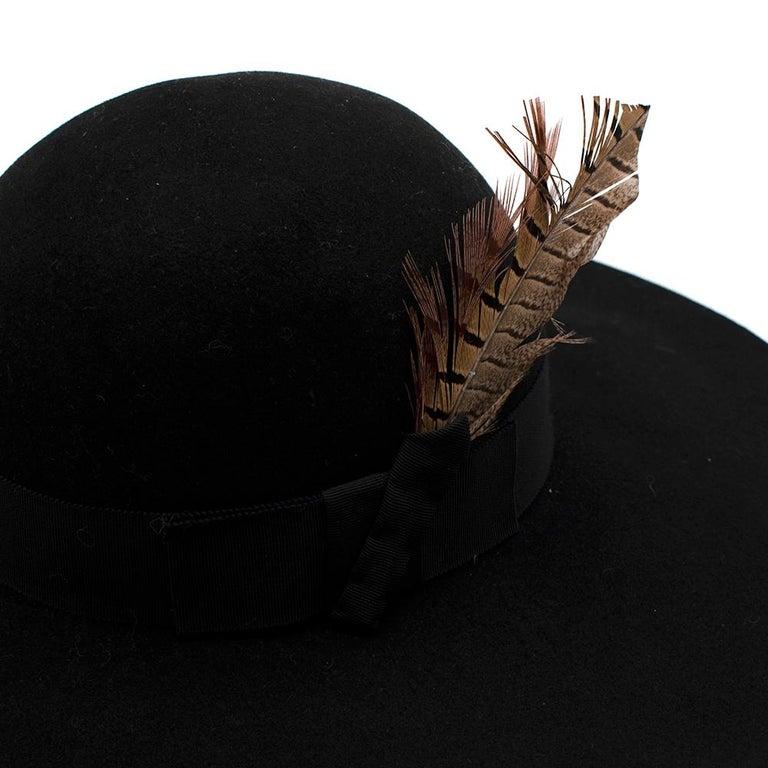 Saint Laurent Black Feather and Grosgrain-trimmed Hat 58 For Sale 2