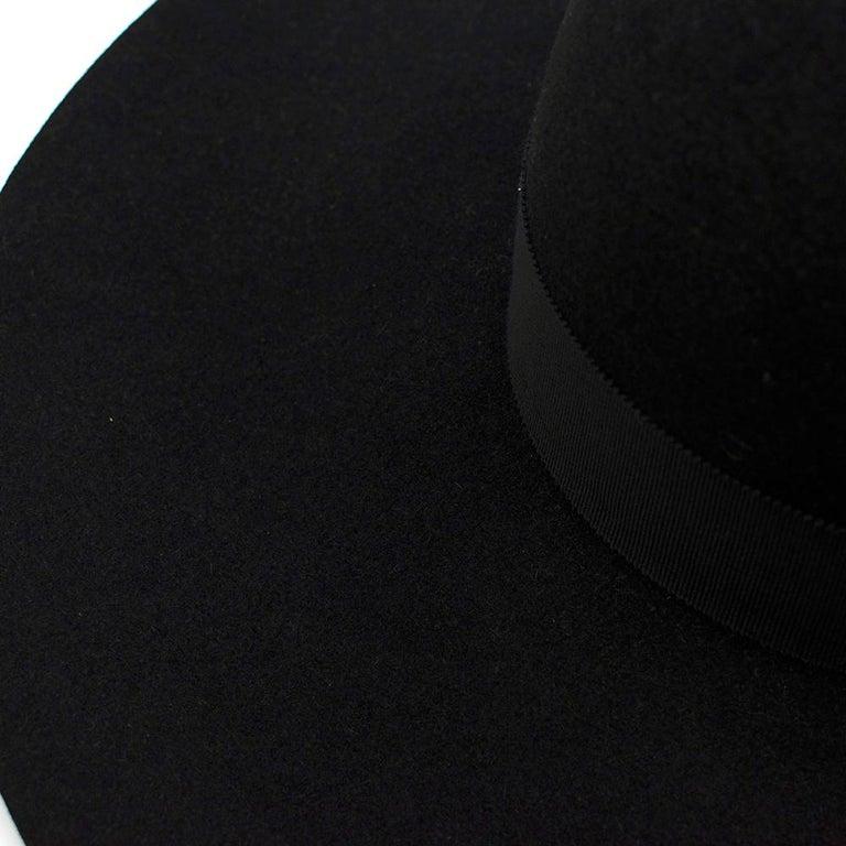 Saint Laurent Black Feather and Grosgrain-trimmed Hat 58 For Sale 3