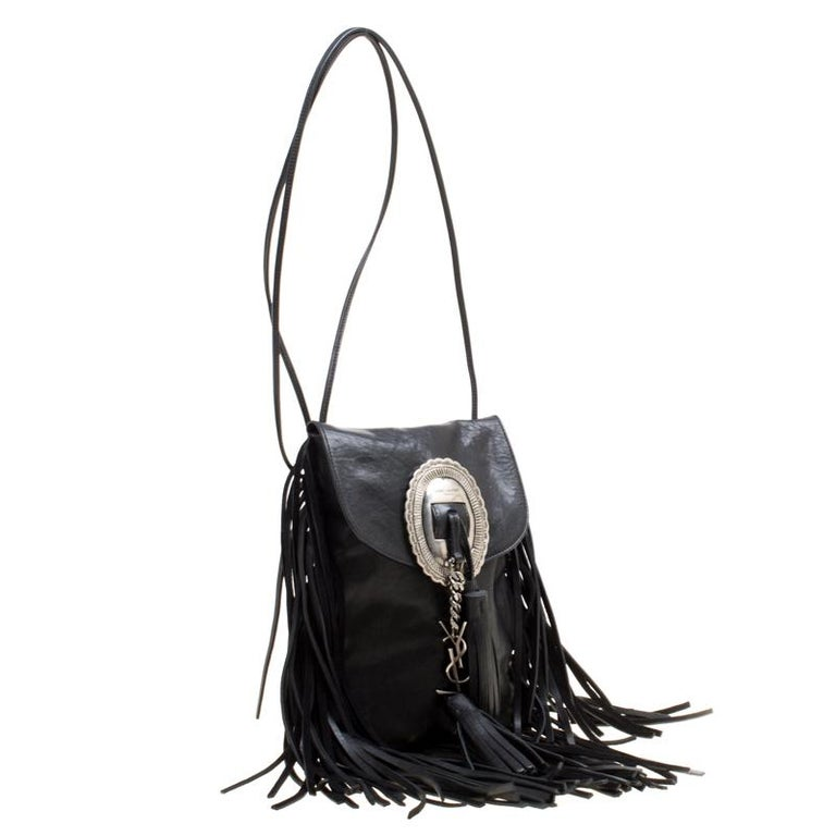 Saint Laurent Black Leather Fringed Anita Crossbody Bag In Good Condition For Sale In Dubai, AE