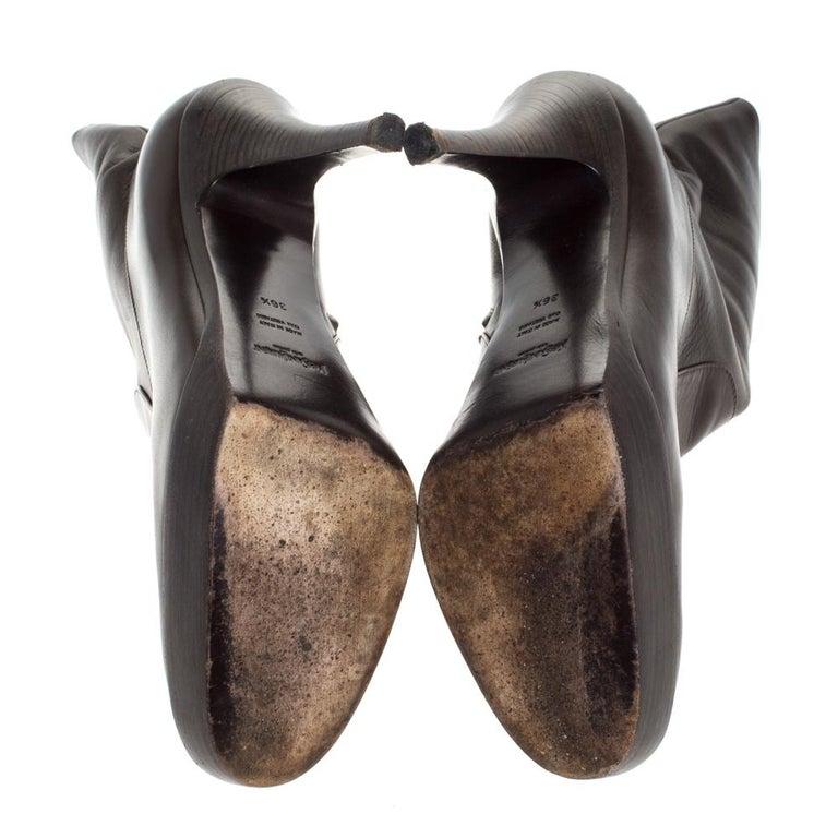 Saint Laurent Brown Leather Platform Ankle Boots Size 36.5 In Fair Condition For Sale In Dubai, Al Qouz 2