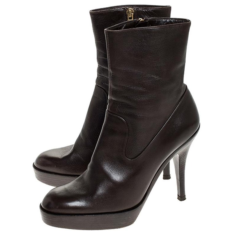 Saint Laurent Brown Leather Platform Ankle Boots Size 36.5 For Sale 2