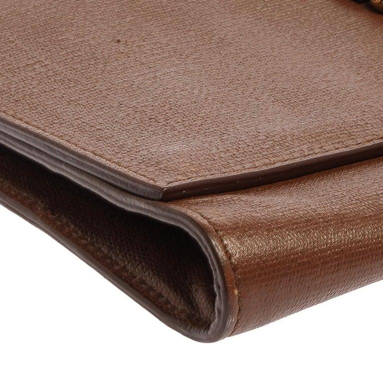 Saint Laurent Brown Leather Y-Ligne Clutch For Sale 5