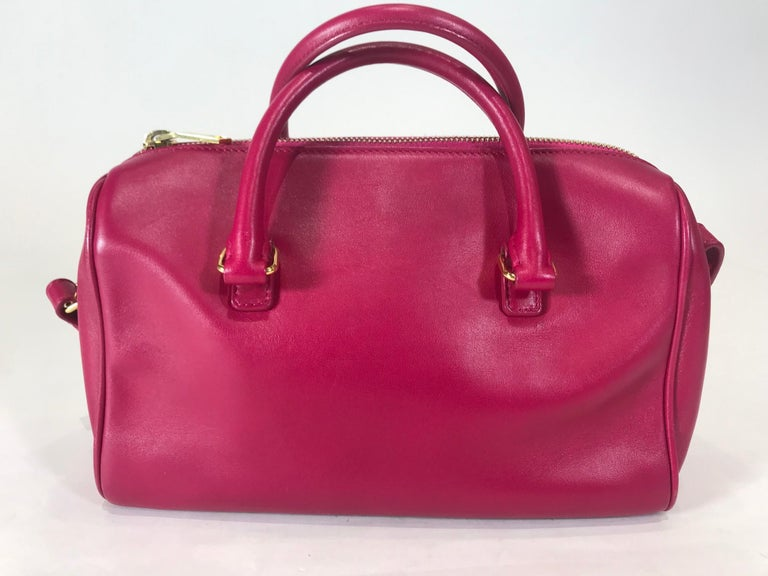 Saint Laurent Classic Duffle 6 Bag In Good Condition For Sale In Roslyn, NY