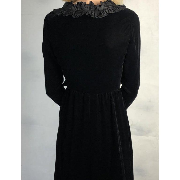 Saint Laurent collectable black iridescent velvet evening dress. Circa 1970s For Sale 5