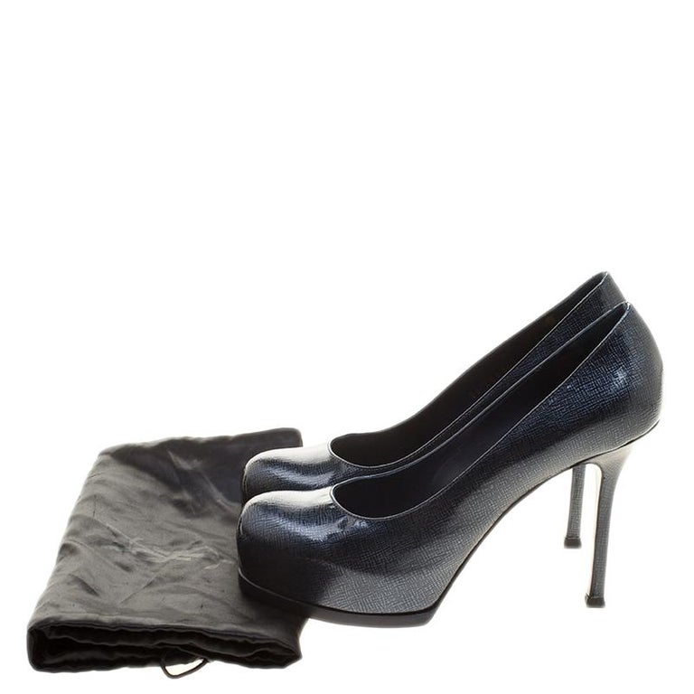 Saint Laurent Dark Blue Textured Leather Tribtoo Platform Pumps Size 37 For Sale 3
