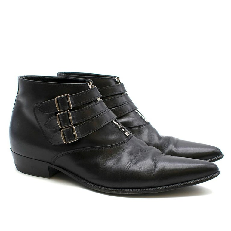 Saint Laurent Duckies 30 Triple Buckle Ankle Boot SIZE 42 In Good Condition For Sale In London, GB