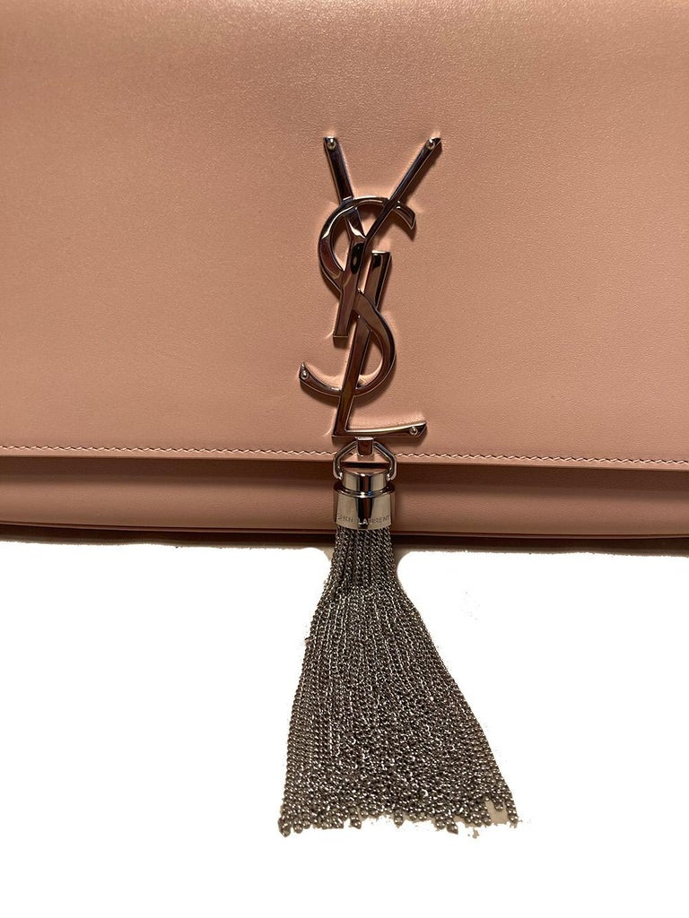 Women's Saint Laurent Medium Kate Monogram Tassel Bag in Pale Pink For Sale