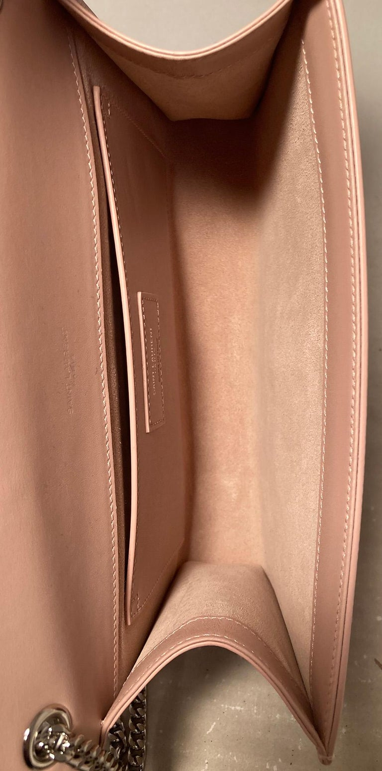 Saint Laurent Medium Kate Monogram Tassel Bag in Pale Pink For Sale 2