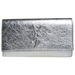 Saint Laurent Metallic Silver Leather Belle De Jour Flap Clutch