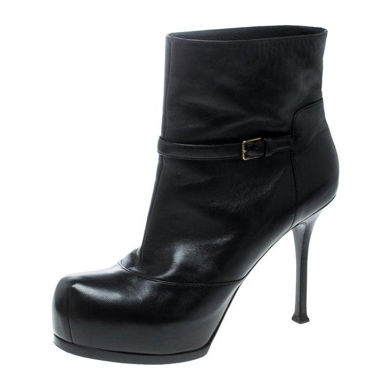Saint Laurent Paris Black Leather Platform Ankle Boots Size 40.5 For Sale