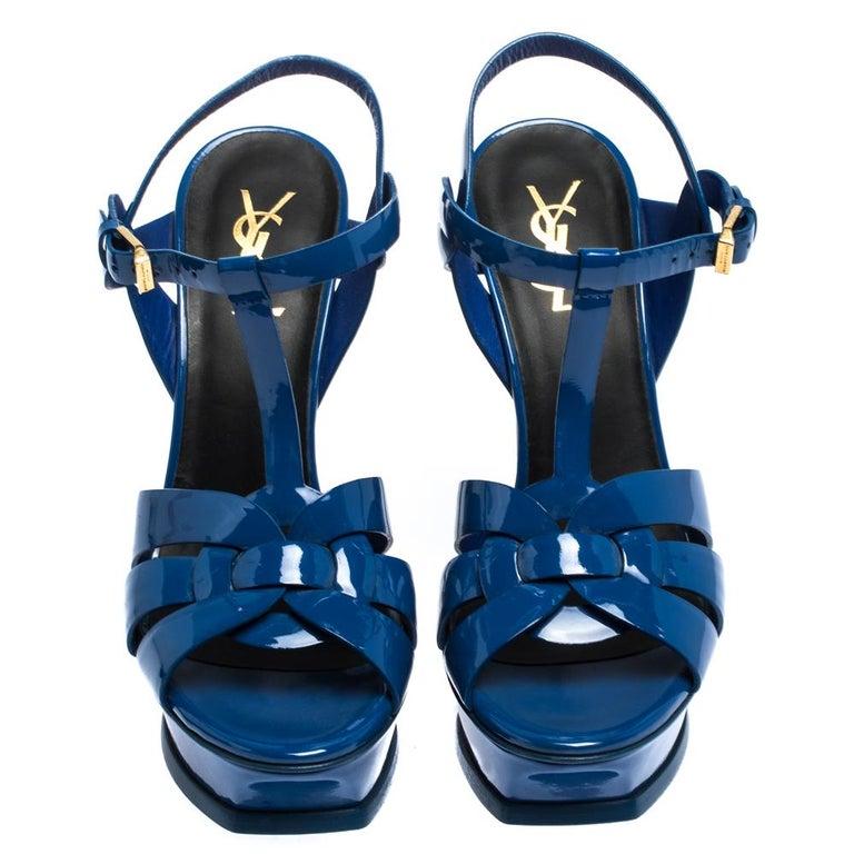 Saint Laurent Paris Blue Patent Leather Tribute Platform Sandals Size 38 In Good Condition For Sale In Dubai, Al Qouz 2