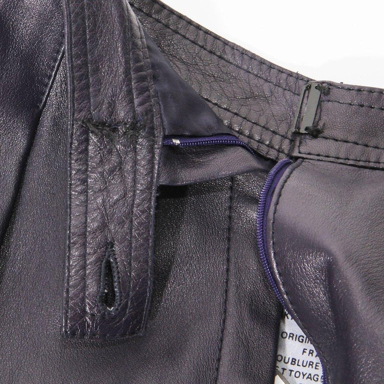 Saint Laurent Rive Gauche Purple Leather Culottes  In Good Condition For Sale In Los Angeles, CA