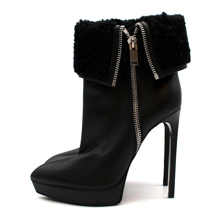 Women's or Men's Saint Laurent Stiletto Shearling Lined Platform Boots 39 For Sale