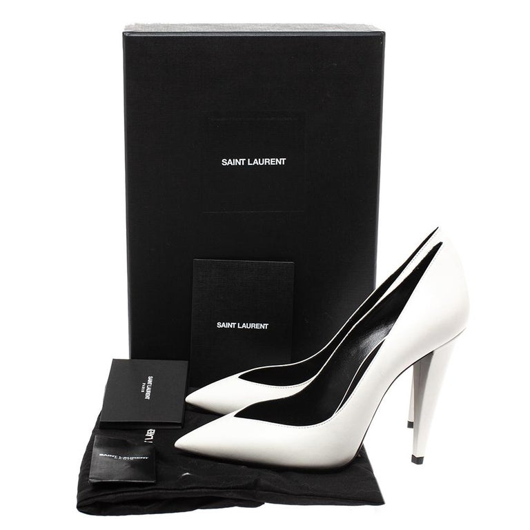 Saint Laurent White Leather Pointed Toe Pumps Size 38 For Sale 4