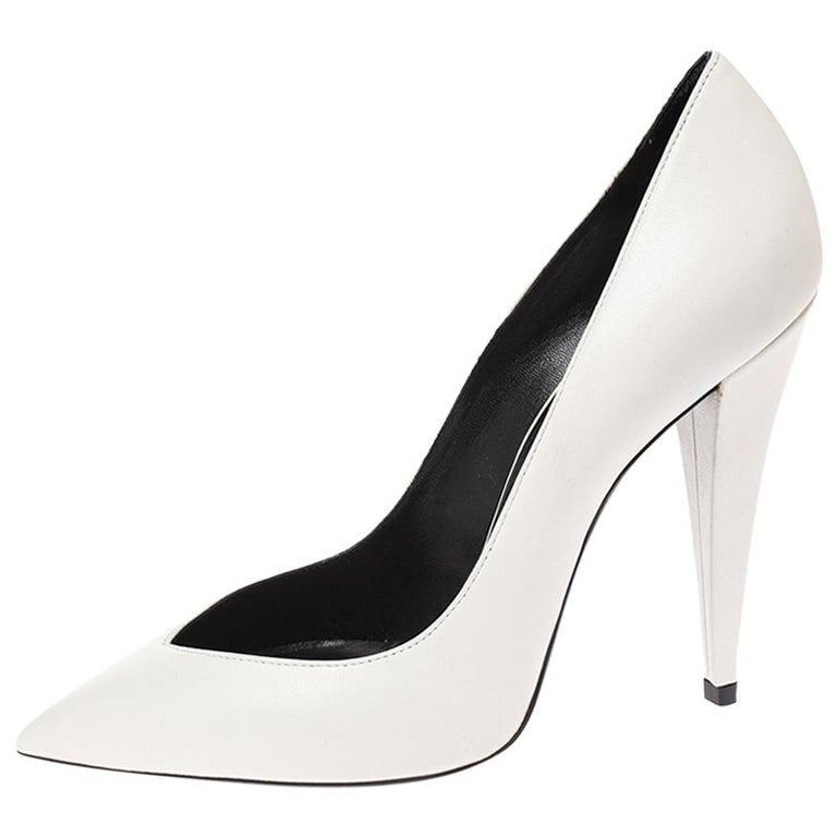 Saint Laurent White Leather Pointed Toe Pumps Size 38 For Sale