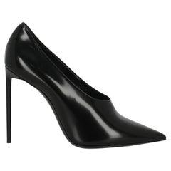 Saint Laurent Women  Pumps Black Leather IT 39