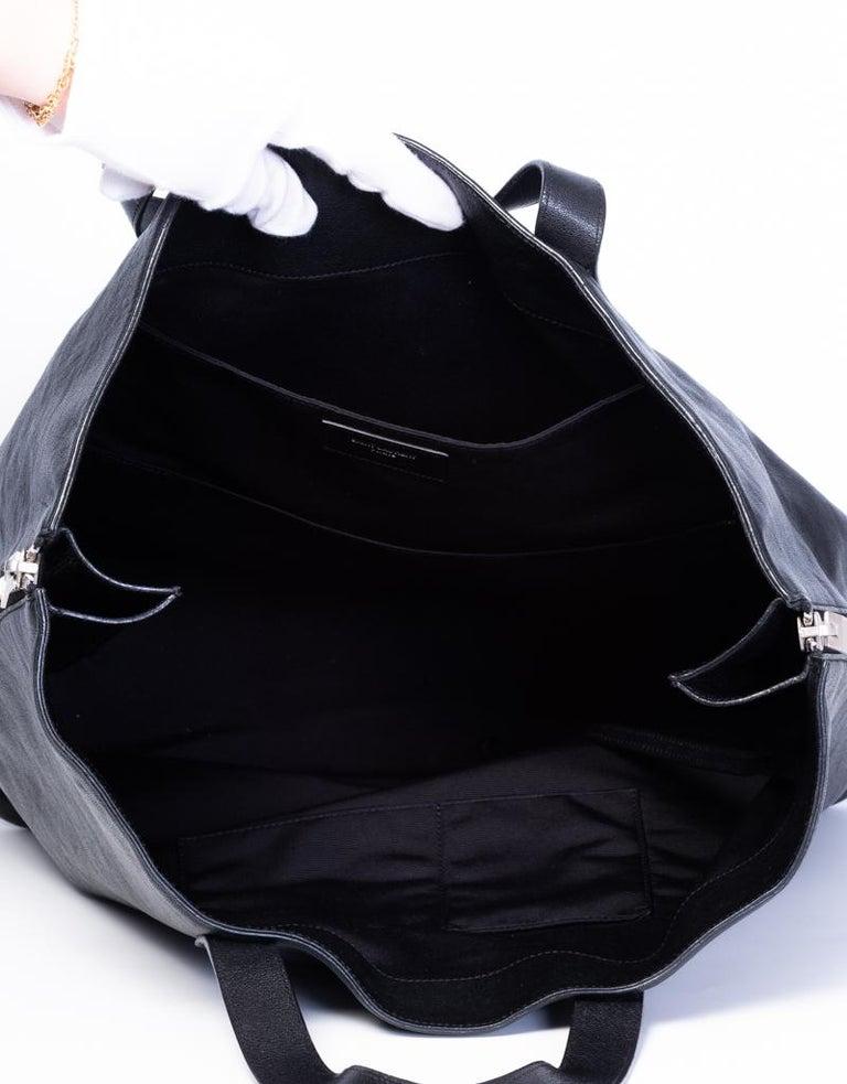 Women's or Men's Saint Laurent Zipper Cabas Leather Tote Bag For Sale
