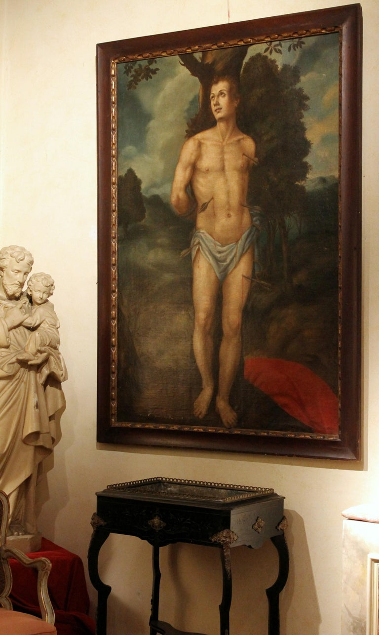 Saint Sebastian Spanish School 17th Century Oil on Canvas Religious Painting In Good Condition For Sale In Firenze, IT
