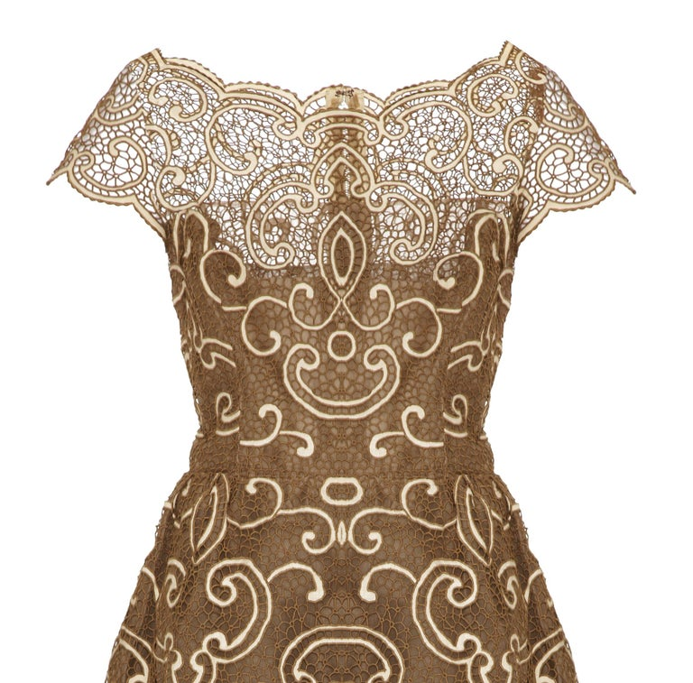 Saks 5th Avenue 1960s Samuel Winston Embroidered Lace Dress In Excellent Condition For Sale In London, GB