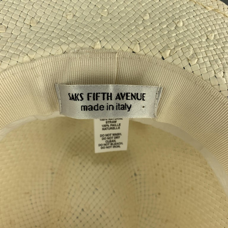 SAKS FIFTH AVENUE Cream Woven Straw Navy Stripe Fedora For Sale 2