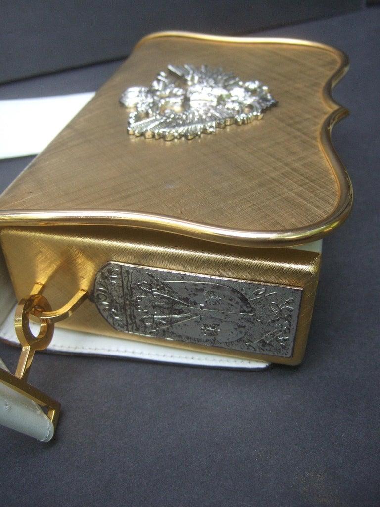 Saks Fifth Avenue Italian Gilt Metal Eagle Emblem Leather Shoulder Bag c 1970s For Sale 8