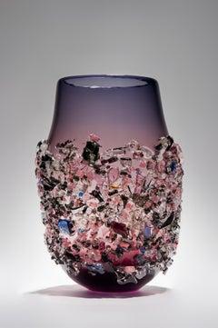 Sakura IV, a unique glass vase in purple with mixed colours by Maarten Vrolijk
