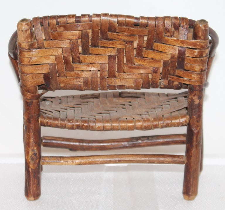 Salesman Sample Old Hickory Settee and Chair In Good Condition For Sale In Los Angeles, CA