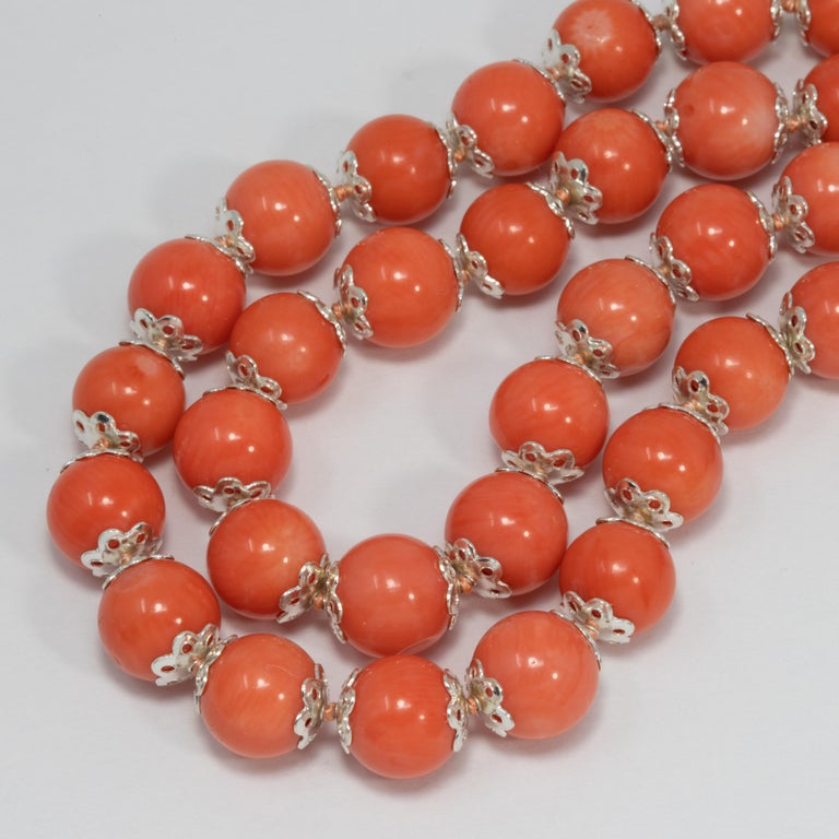 Women's or Men's Salmon Coral Bead Knotted String Silver Accent Necklace, 50 cm, Sterling Silver For Sale