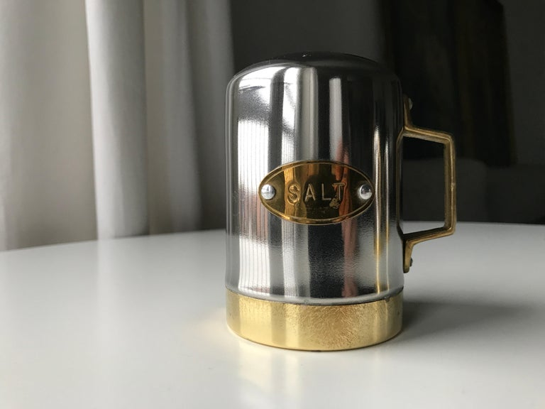 Salt and Pepper Space Age Vintage Diner Set, 1960s Chrome and Brass For Sale 11