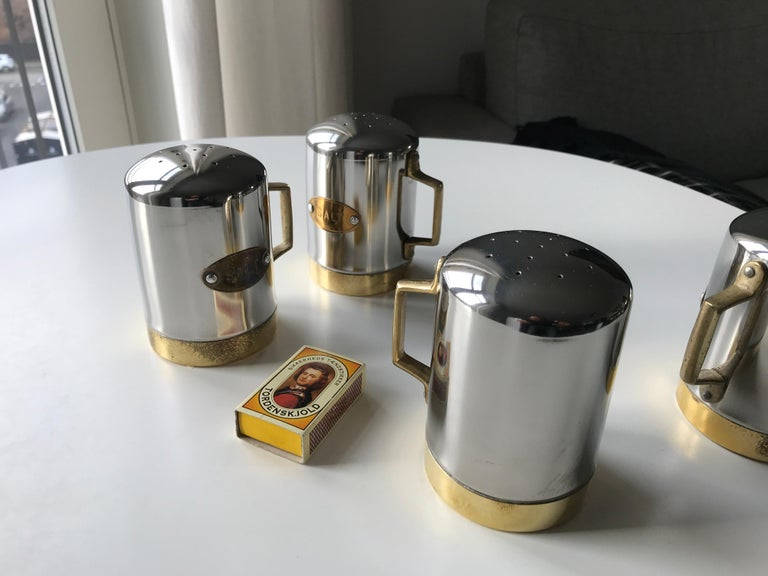 Salt and Pepper Space Age Vintage Diner Set, 1960s Chrome and Brass For Sale 13