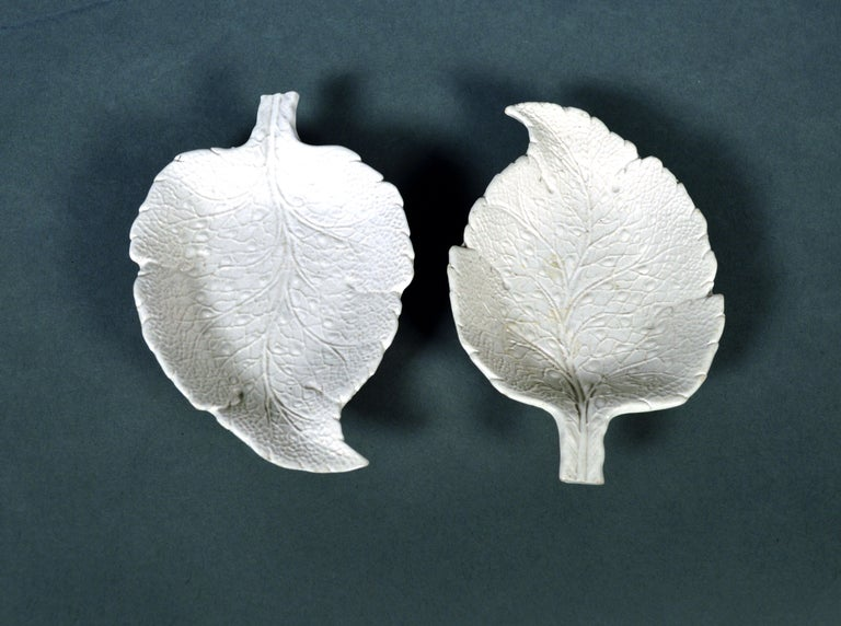 Georgian Salt-Glazed Stoneware Sweetmeat Dishes in the Form of Vine Leaves, a Pair For Sale