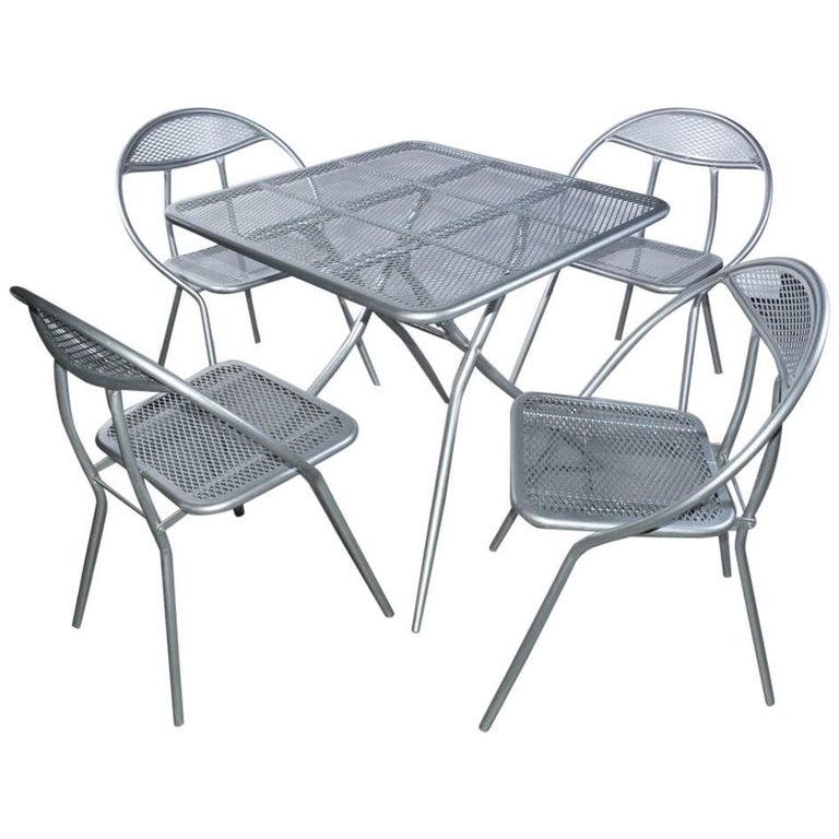 Salterini Mid-Century Modern Folding Metal Patio or Garden Table and Four Chairs For Sale