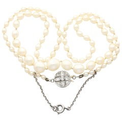 Saltwater Natural Pearl Necklace Diamond and Yellow Gold Clasp