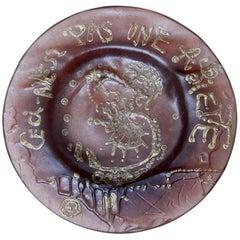 """Salvador Dali, """"Ceci n'est pas une Assiette"""" Art Glass Plate"""
