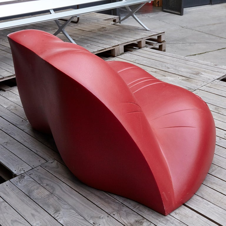 Salvador Dali, Contemporary, Red Dali Lips Sofa In Good Condition For Sale In Barcelona, Barcelona