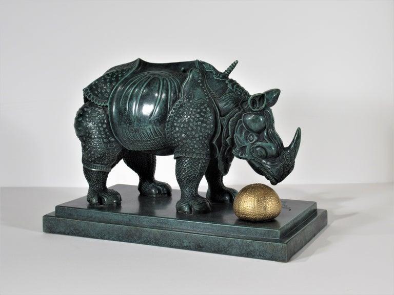 Salvador Dalí Figurative Sculpture - Rhinoceros Habille en Dentelles