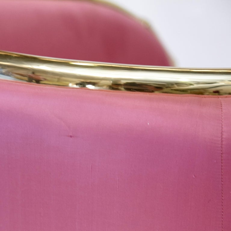 Salvador Dali Surrealist 'Vis-à-vis De Gala' Pink Upholstered Sofa, nº 54 For Sale 1