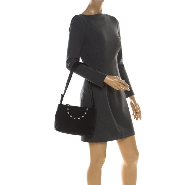 Salvatore Ferragamo Black Canvas Shoulder Bag In Good Condition For Sale In Dubai, Al Qouz 2