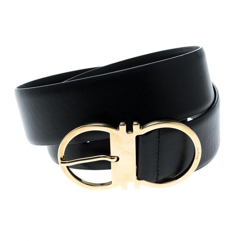 While you want to look chic from top to bottom this simple yet stunning belt from Salvatore Ferragamo will contribute at its best. This pure leather waistband is broad enough to slide into any kind of pant loops. Its gold-tone buckle is carved in
