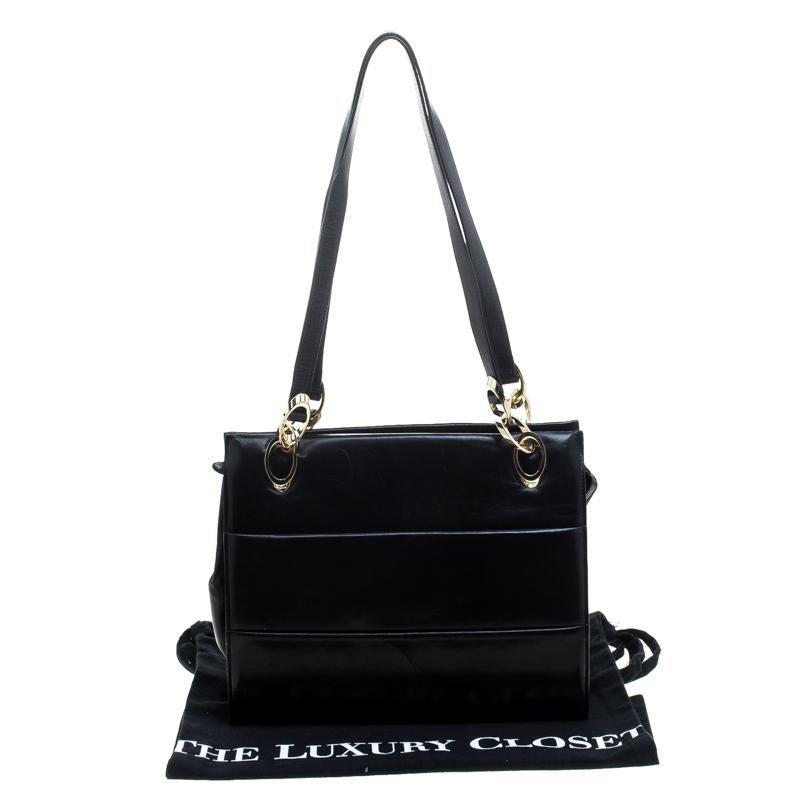 f6cf1e441f Salvatore Ferragamo Black Leather Tote For Sale at 1stdibs